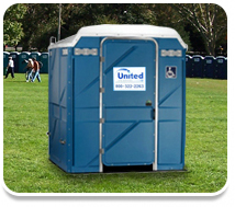 Wheelchair access portable toilet